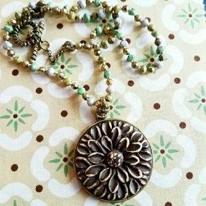 Boho flower necklace beaded green tan gold tone